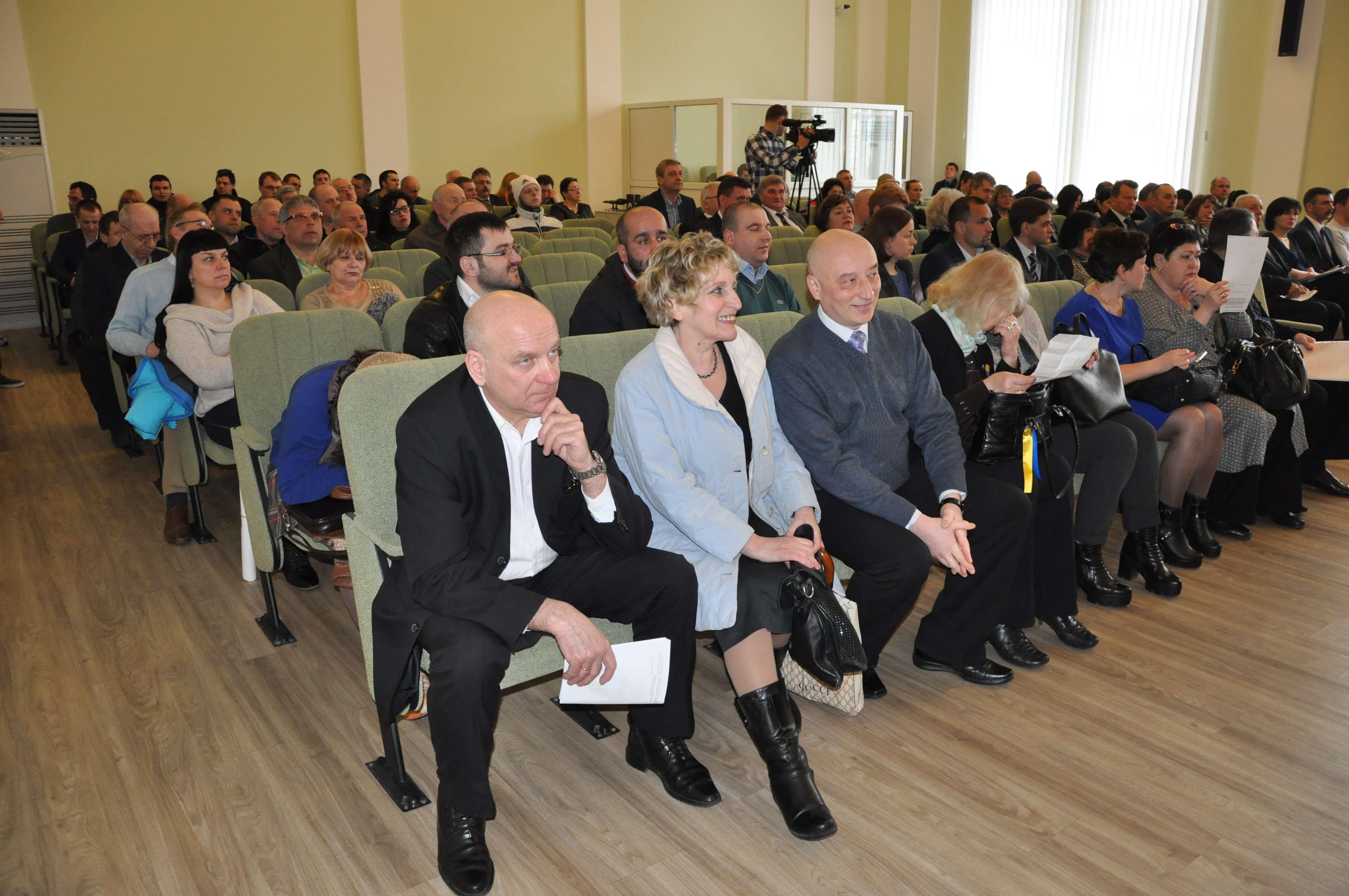 Громадські активісти завітали на сесію міської Ради