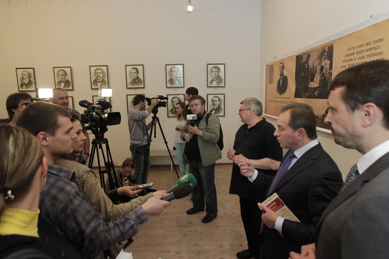 Микитась – до Канн, а Томенко з Дубілем – на Чернігівщину (Фото)