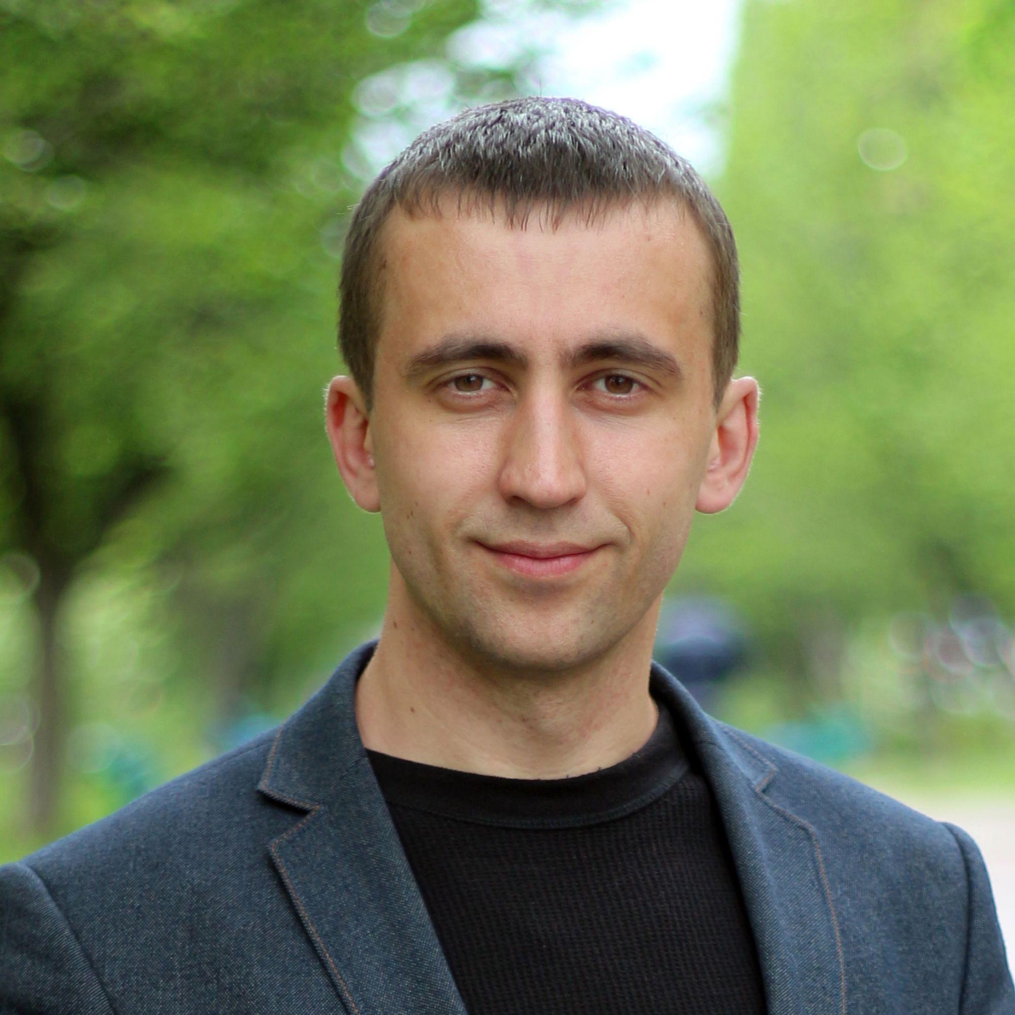 Павло Солодовник - ЧЕline