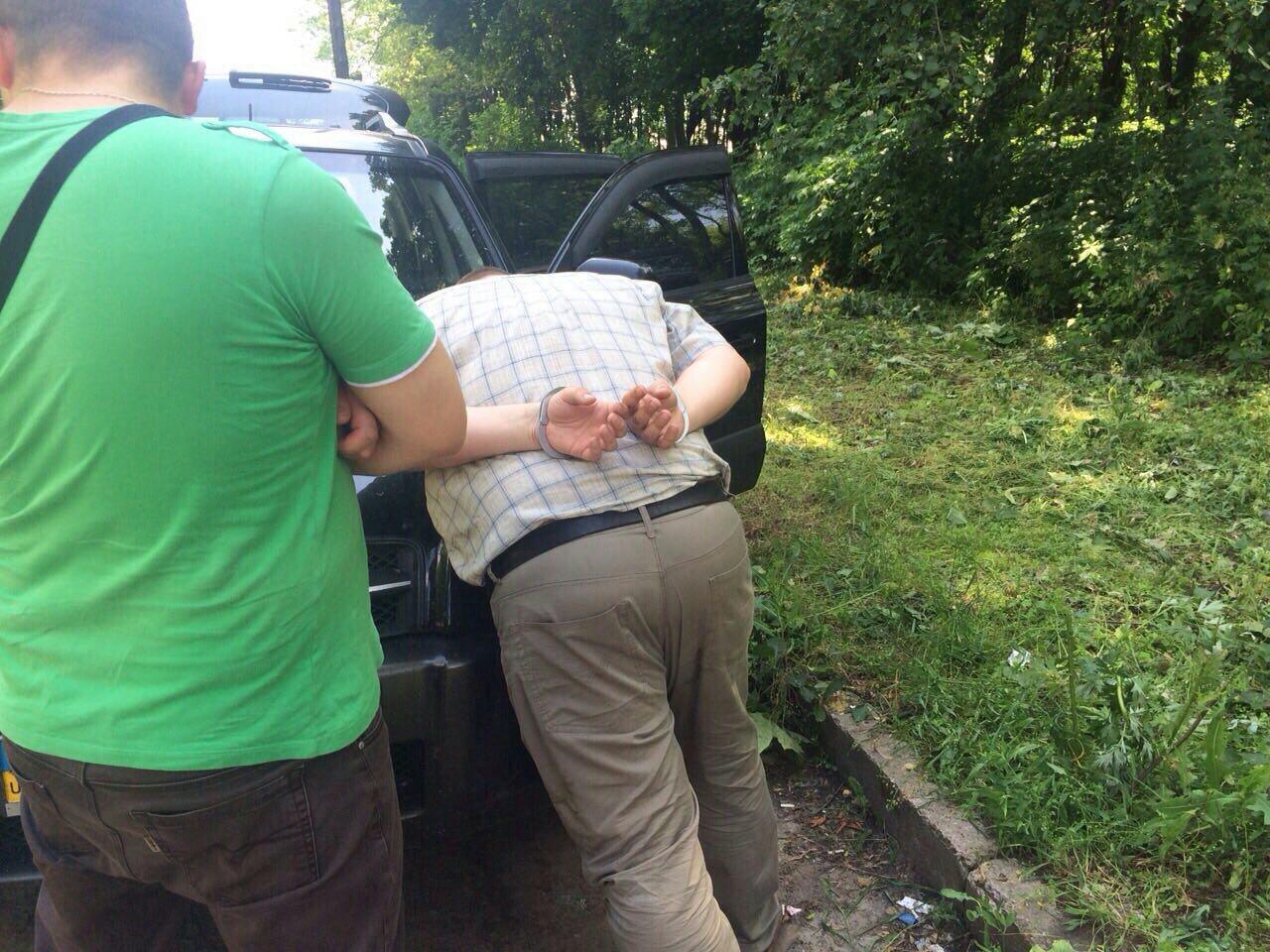 Прилучанин торгував гранатами – СБУ пов'язала «на гарячому» (Фото)