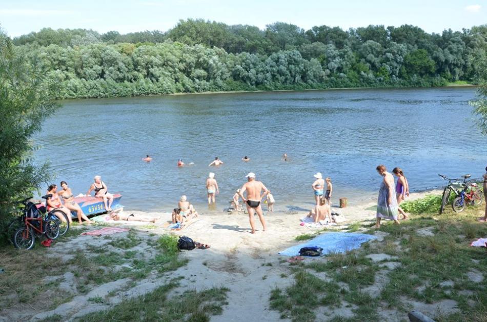 За кошти чернігівців під готелем «Брянськ» облаштують пляж