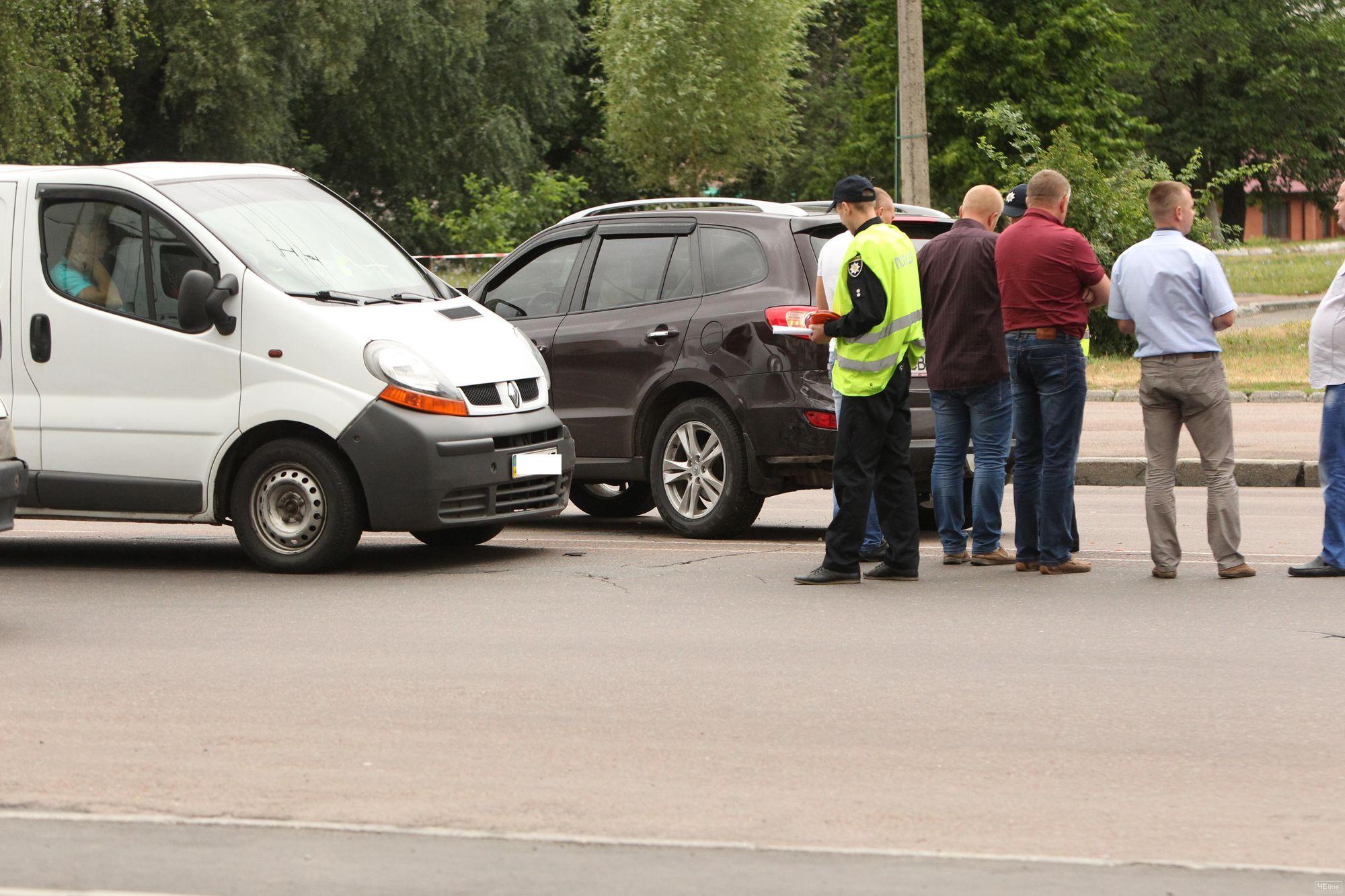 І знову ДТП: по проспекту Перемоги зіткнулися два автомобілі