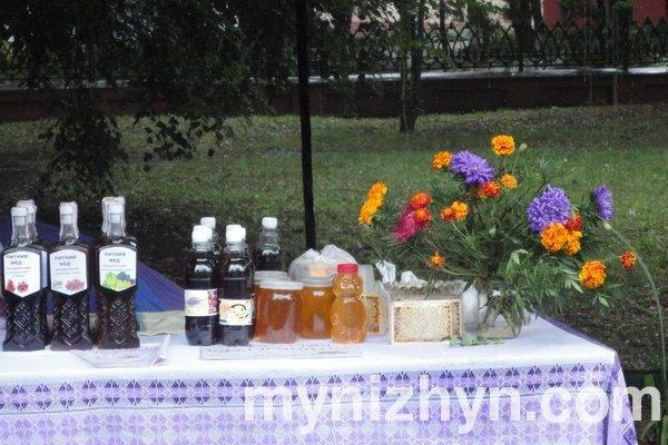 Спасівський ярмарок у Ніжині – солодке свято серпня (Фото)