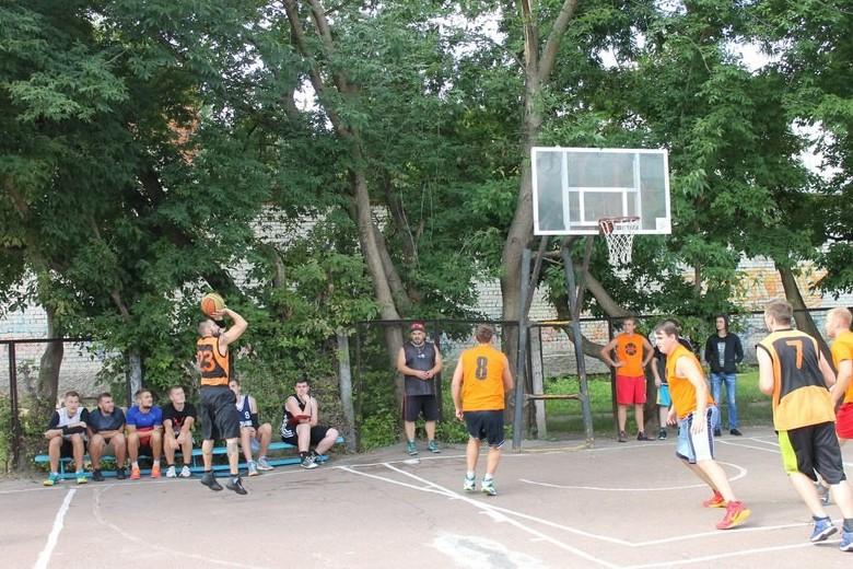 15_08_стритбол
