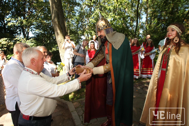 Фестиваль слов'янської культури та бойових єдиноборств увосьме пройшов у Любечі (Фото)
