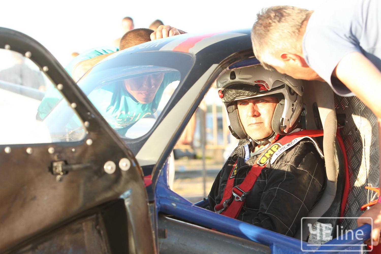 Драйв по-чернігівськи: у Чернігові відбулися автоперегони (Фото)