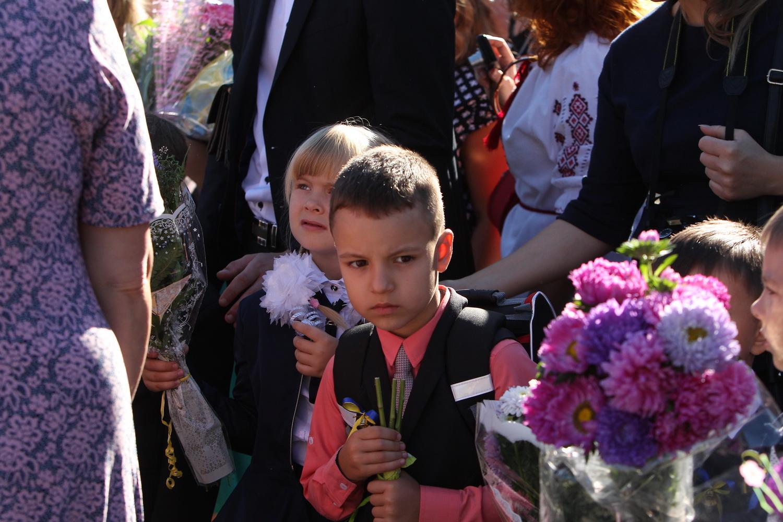 Щемливі та дотепні моменти свята 1 вересня у Чернігові (Фото)