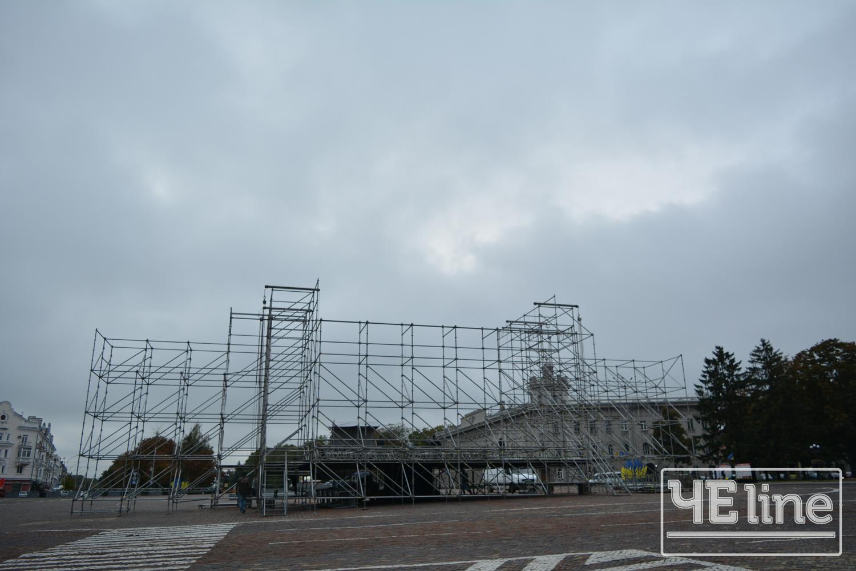 На Красній площі готуються до свята (Фото)