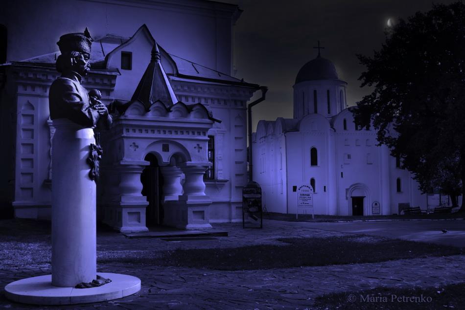 Чернігів містичний: нічна фотомандрівка (Фото)