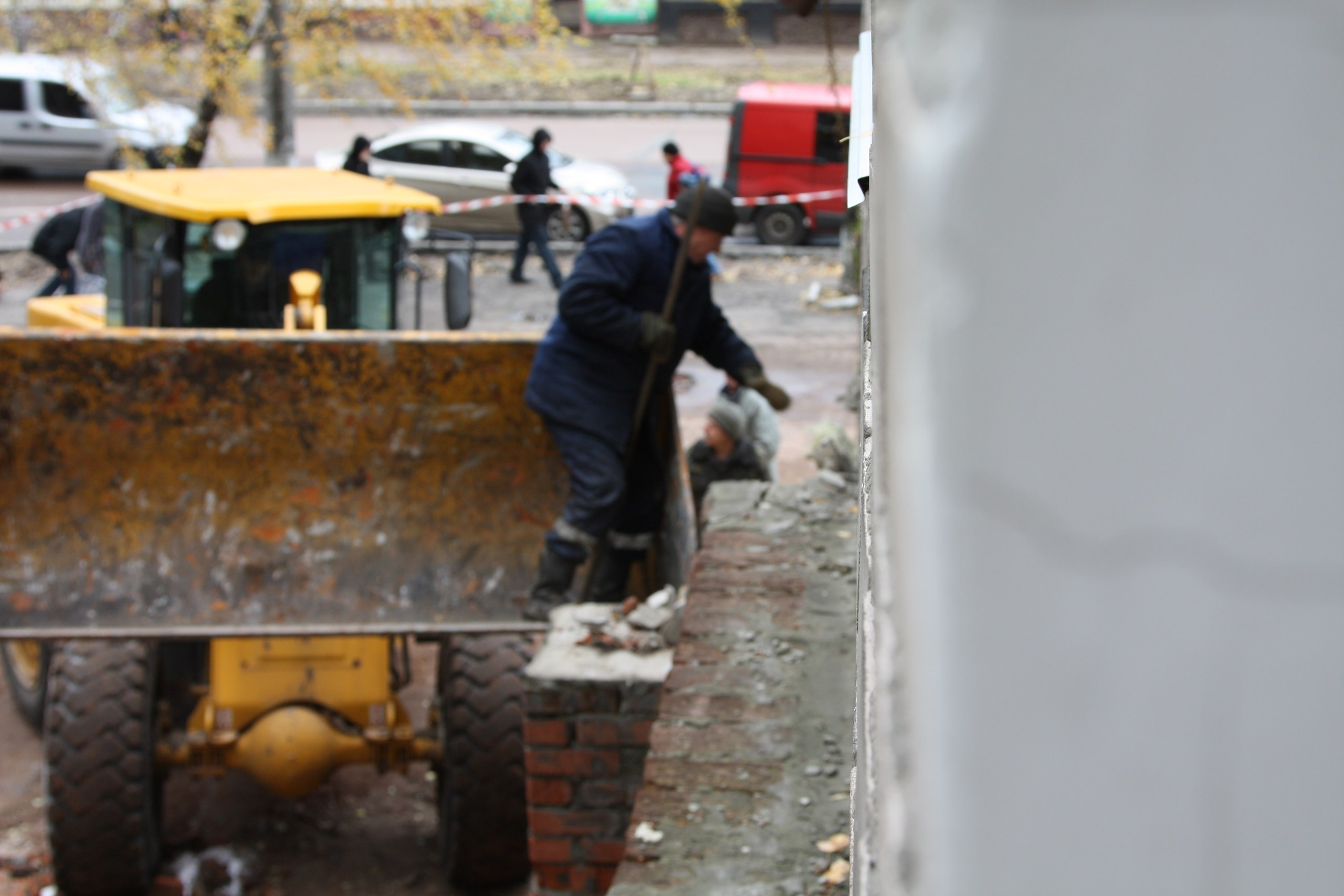 Покинуту недобудову по вулиці Мазепи розібрали (Фото)