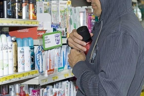 shoplifter_foto