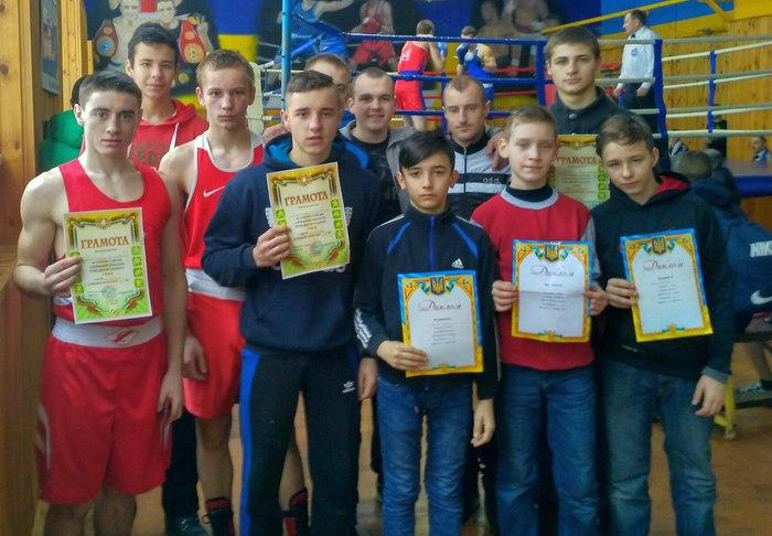 Ніжинські боксери вдало виступили на змаганнях у Чернігові (Фото)