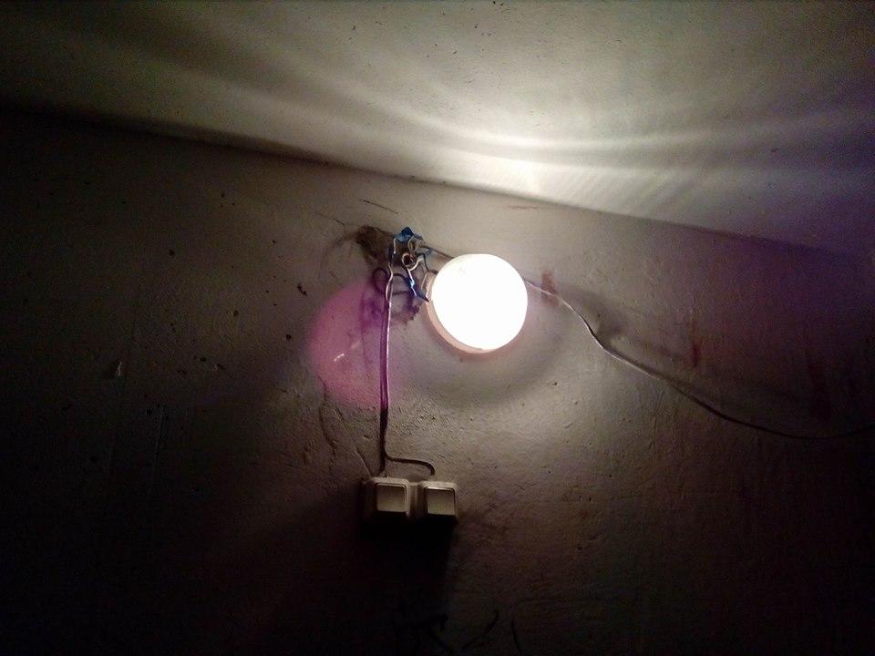 Небезпечний будинок на Текстильників, 15: чиновники знову чекають трагедії (Фото)