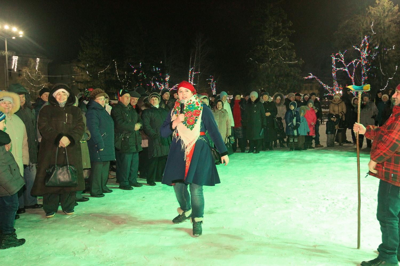 У Чернігові Коза танцювала польку та варила кутю (Фото)