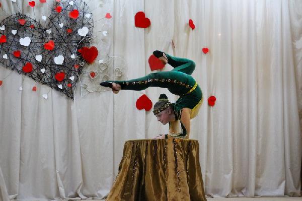 Як у Мені День закоханих святкували та збирали гроші для бійців АТО