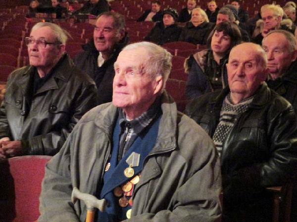 Менській організації ветеранів 30 років (Фото)