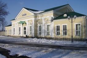 640px-Сновск_вокзал[1]