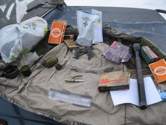 На Чернігівщині у столичного гостя вилучили гранату