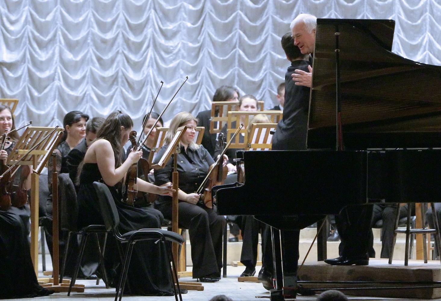 У Чернігові пройшов вечір фортепіанної музики (ФОТОРЕПОРТАЖ)