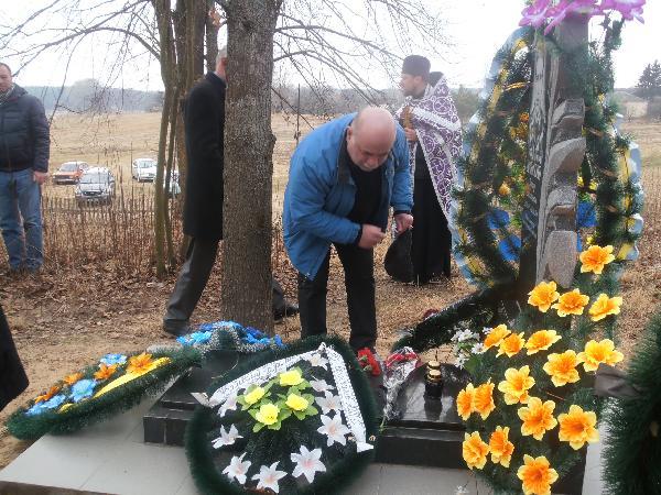 На Чернігівщині вшанували пам'ять героя АТО Віктора Афанасенка (Фото)