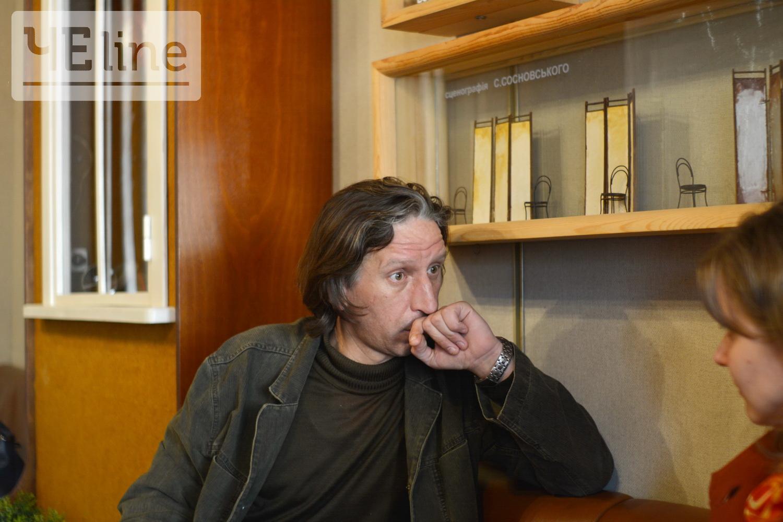 Відомий чернігівський актор Олексій Биш відновлює сили на городі, готує фірмову картоплю та мріє зіграти Дон Кіхота (Фото)