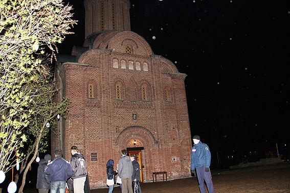 На Чернігівщині на Великодні богослужіння прийшло близько 385 тисяч вірян (Фото)