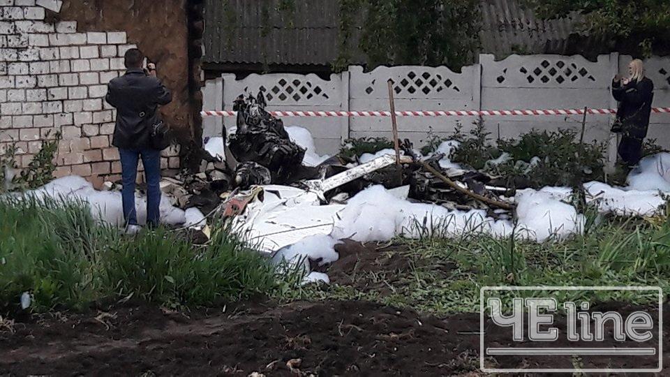 У районі Півців розбився одномісний літак «Cessna-172» (Фото) ОНОВЛЕНО