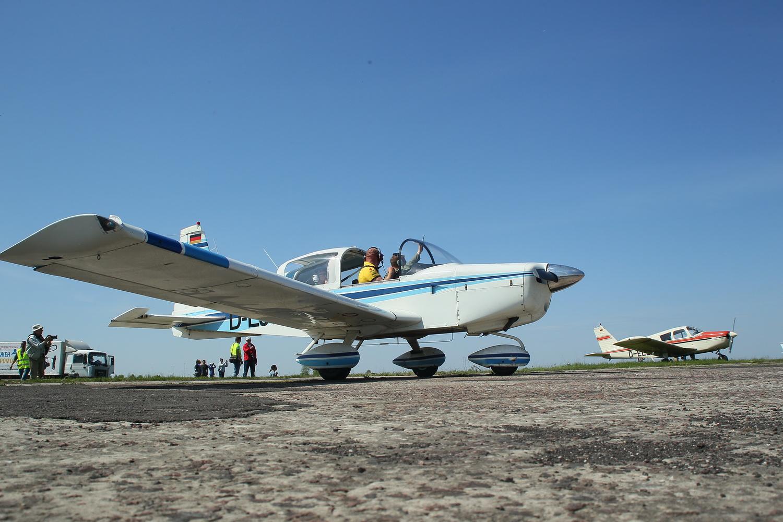 Синє небо, літаки і море позитиву (Фото)