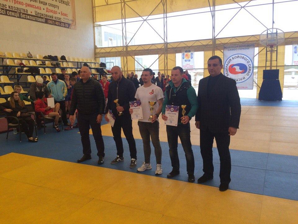 Ніжинські спортсмени вибороли золото на Кубку України з бойового самбо (Фото)