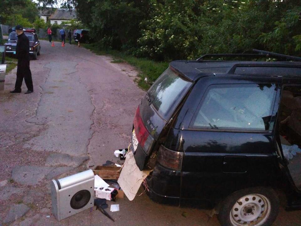 Трагедією закінчився відпочинок на Чернігівщині: у ДТП загинули двоє