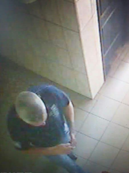 У Чернігові пограбували аптеку (Фото)