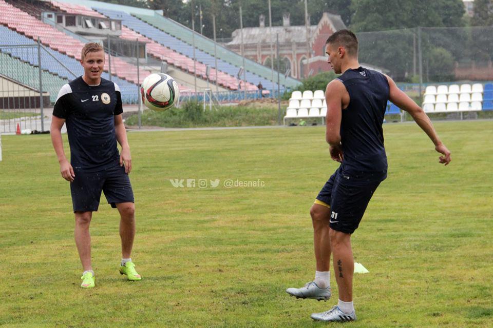 Чернігівські футболісти повернулися з відпустки (Фото)
