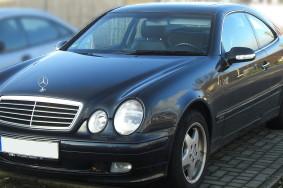 1200px-Mercedes_CLK_Elegance_W208_(Facelift,_1999–2002)_front_MJ