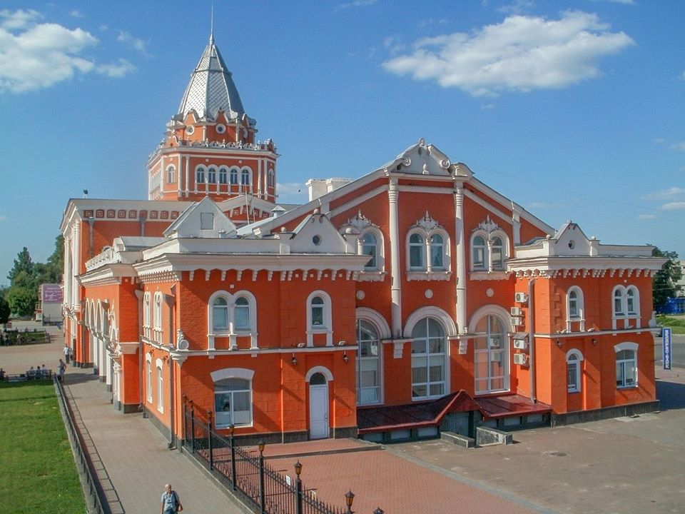 Заступник міністра пропіарив чернігівський вокзал (Фото)