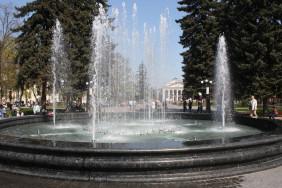 Fountain_at_Chernigov[1]