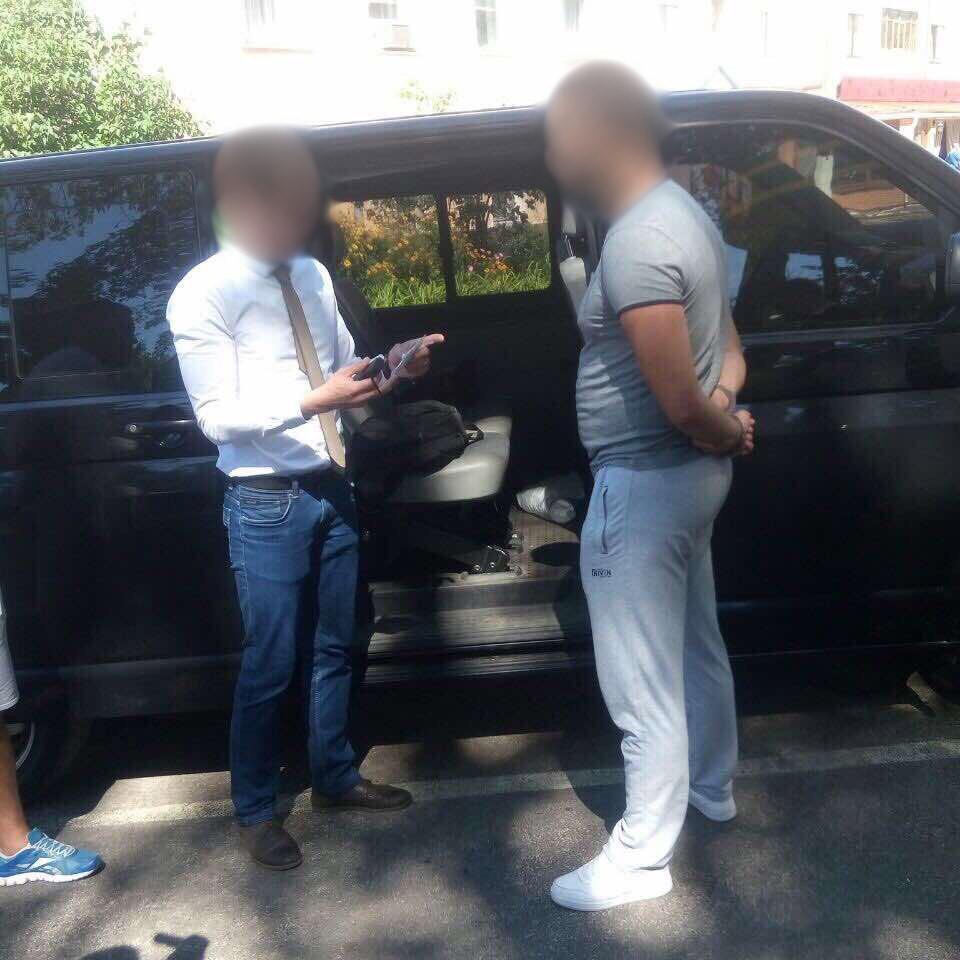 На хабарі спіймали одного із заступників директора «Чернігівоблагроліс» (Фото)
