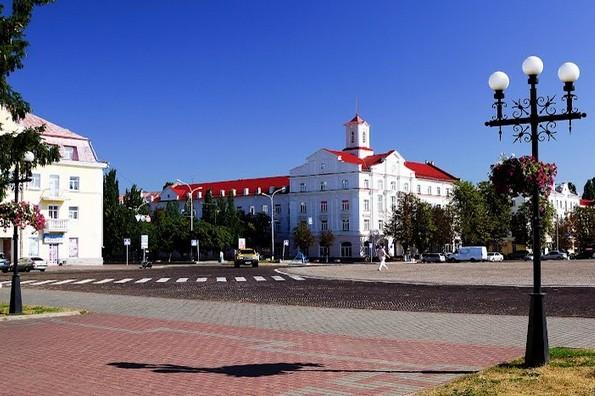 red_square_chernivtsi