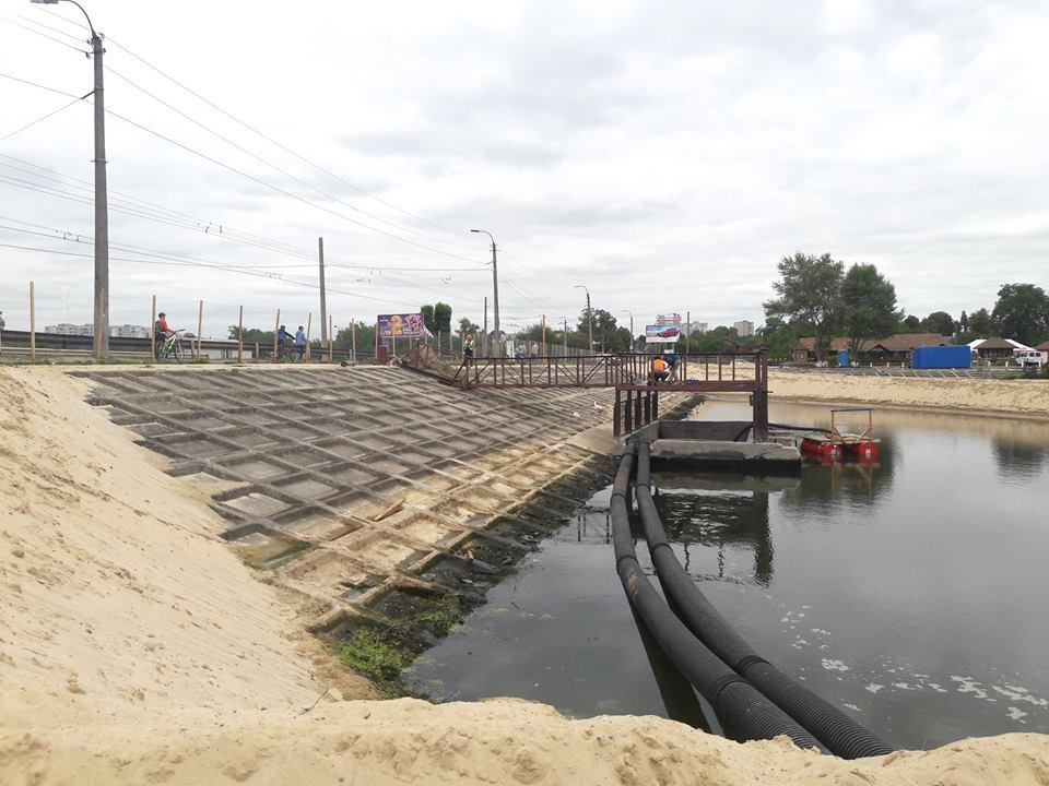 На Стрижні розпочали реконструкцію гідротехнічної споруди (Фото)