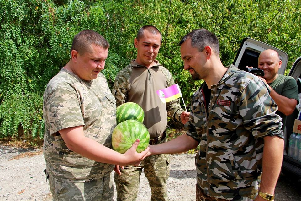 З Чернігівщини відправили благодійну допомогу на передову