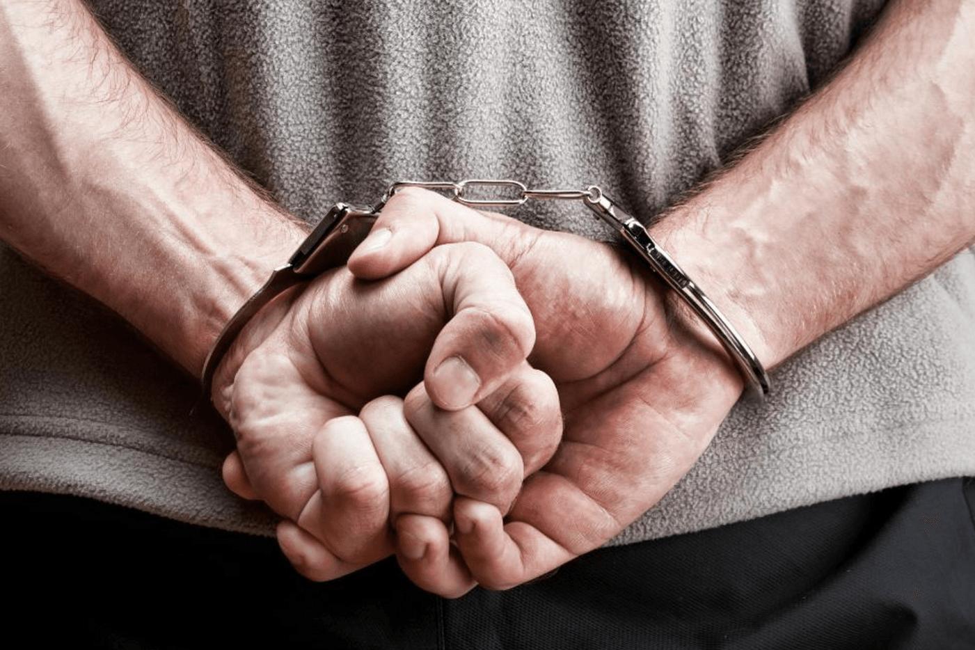 Handcuffs-2[1]
