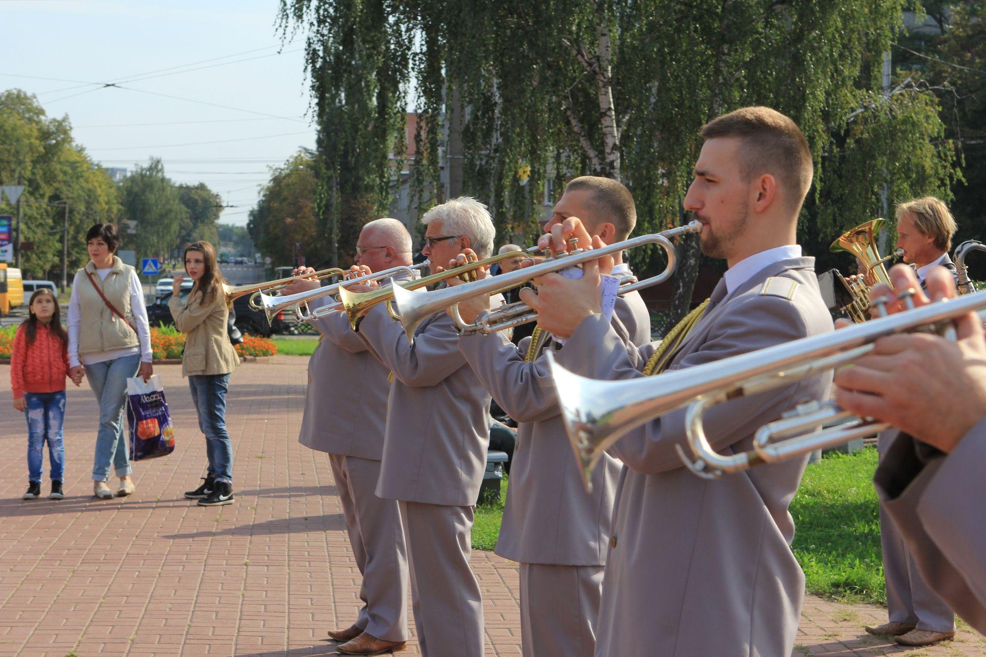 У Чернігові нагородили танкістів  (Фото)