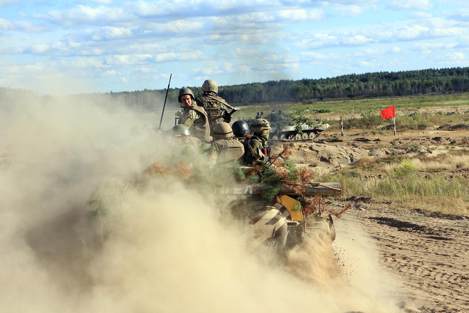 На Чернігівщині піхотні підрозділи знищили ворожі позиції (Фото)