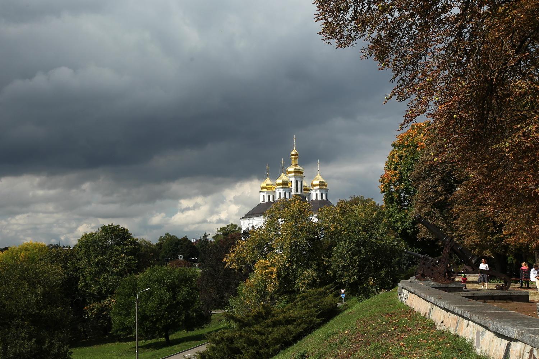 Чернігів у осінній негоді (Фото)