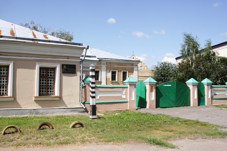 Фотоекскурсія Ніжинською поштовою станцією (Фото)