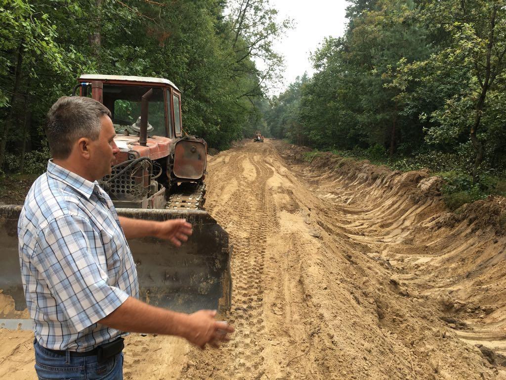 На Ніжинщині 5 років будували лісову дорогу