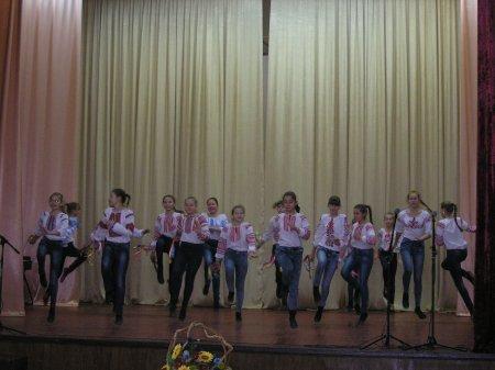 У чернігівському ліцеї гучно відсвяткували День української писемності (Фото)