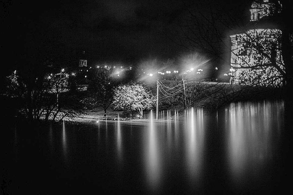 Романтика вечірнього Чернігова (Фото)