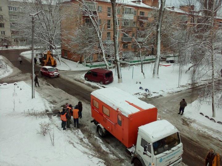 На Льотній перекрили водопостачання до будинку (Фото)