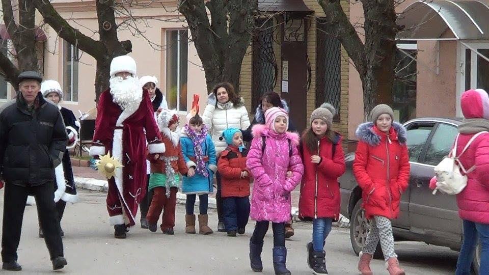 Новорічні розваги коропських малюків (Фото)