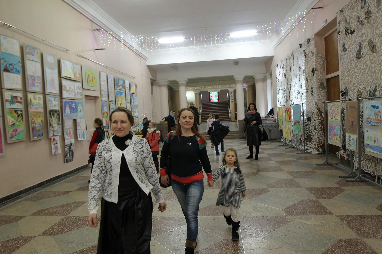 У Чернігові стартував Різдвяний дитячий фестиваль (Фото)
